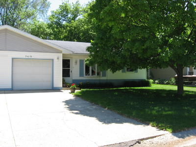 Spirit Lake Single Family Home For Sale: 2401 Chicago Ave #B