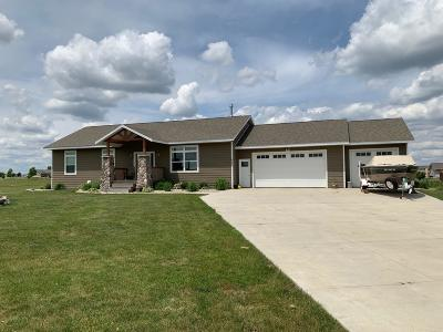 Spirit Lake Single Family Home For Sale: 606 39th Street