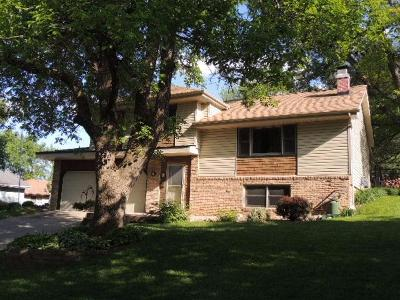 Single Family Home Sold: 517 Friendly Drive
