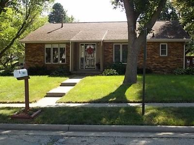 Single Family Home Sold: 2306 Wakefield Drive