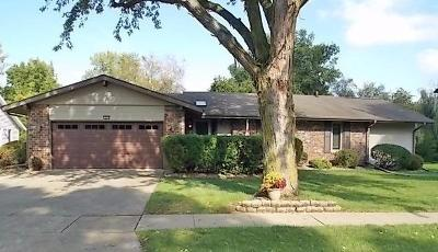 Single Family Home Sold: 1904 Edgebrook Drive