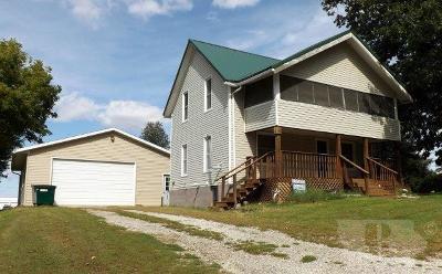 Deep River Single Family Home For Sale: 203 Church Street