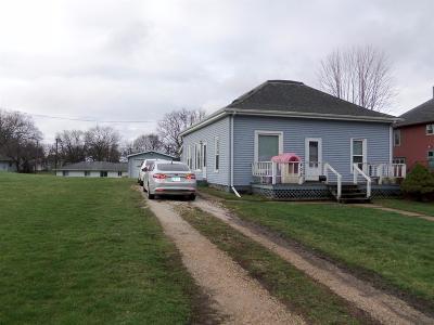 Toledo Single Family Home For Sale: 402 Ross Street