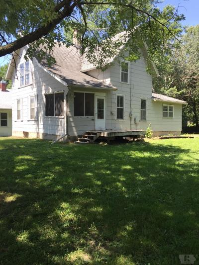 Grinnell Single Family Home For Sale: 711 8th Ave