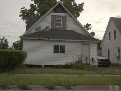 Marshalltown Single Family Home For Sale: 710 E State Street