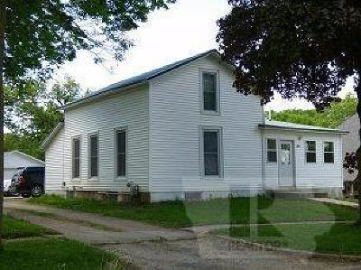 Toledo Single Family Home For Sale: 204 East Carleton Street