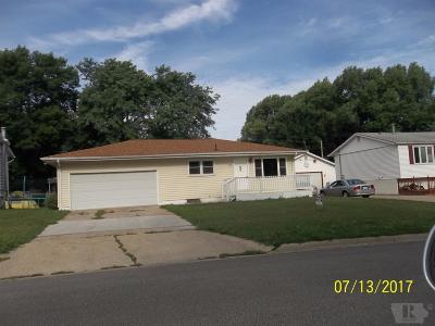 Marshalltown Single Family Home For Sale: 1109 S 4th Street