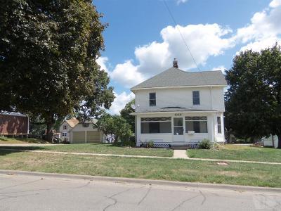 Tama Single Family Home For Sale: 1020 McClellan Street