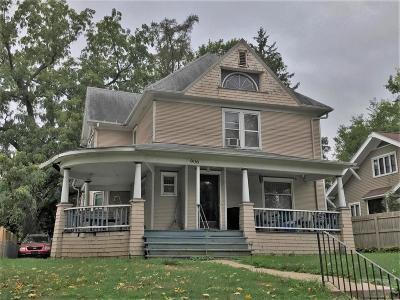 Marshall County Multi Family Home For Sale: 906 West Main Street