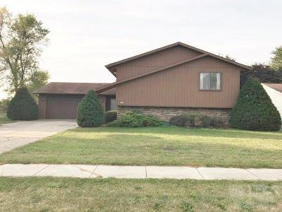 Marshalltown IA Single Family Home For Sale: $148,500