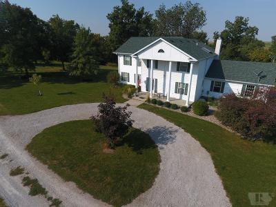 Single Family Home For Sale: 5284 Hwy 63