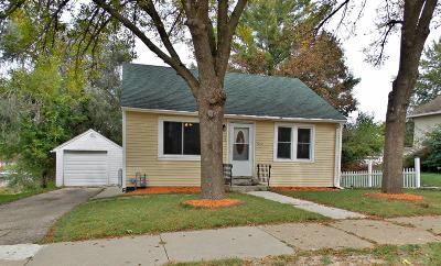 Marshalltown Single Family Home For Sale: 1213 Fremont Street