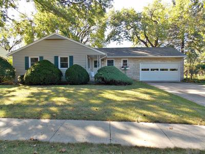 Marshalltown IA Single Family Home Sold: $100,000