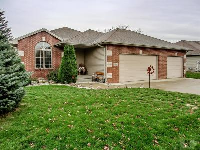 Marshalltown Single Family Home For Sale: 3204 Lily Lane