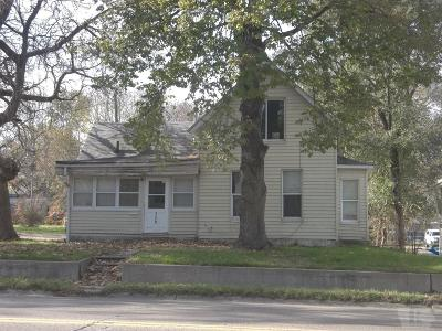 Marshalltown Single Family Home For Sale: 308 N 3rd Avenue