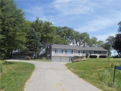 Grinnell Single Family Home For Sale: 14992 Hwy 6 E