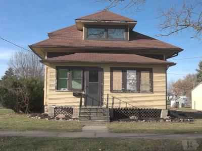 Marshall County Single Family Home For Sale: 201 N Webster Street