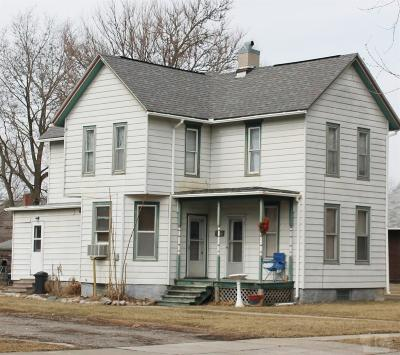 Grinnell Single Family Home For Sale: 915 East Street
