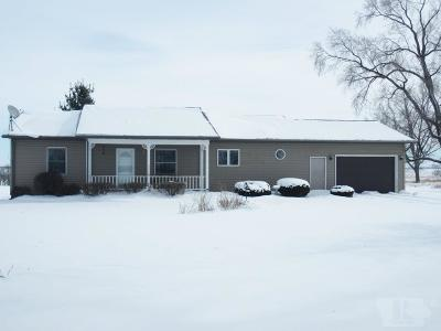 Marshalltown Single Family Home For Sale: 2508 Starry Grove Road