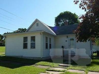 Tama Single Family Home For Sale: 808 Wilson Street