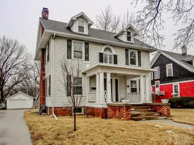 Marshalltown Single Family Home For Sale: 206 N 2nd Street