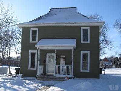 Toledo Single Family Home For Sale: 504 S Center
