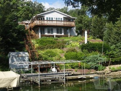 Brooklyn Single Family Home For Sale: 3036 E Lakeshore Drive