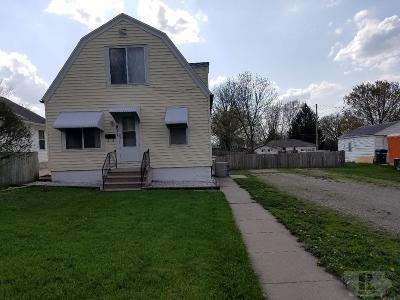 Marshalltown Single Family Home For Sale: 911 S 9th Avenue