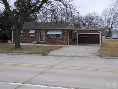 Tama Single Family Home For Sale: 1404 Harding