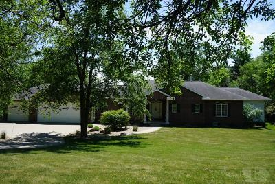 Marshalltown IA Single Family Home Sold: $329,900