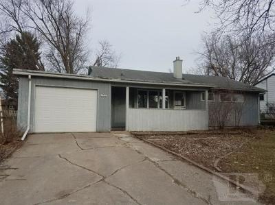 Marshalltown IA Single Family Home For Sale: $75,000