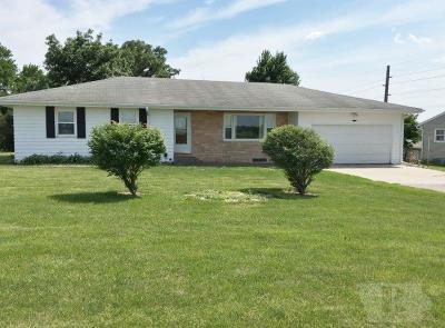 Marshalltown Single Family Home For Sale: 2804 190th Street