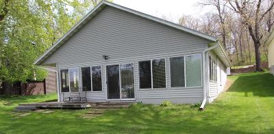 Single Family Home For Sale: 6139 NE Lakeshore Drive