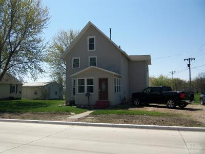Tama Single Family Home For Sale: 706 E 5th Street