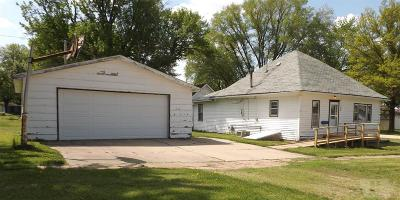 Marshall County Single Family Home For Sale: 200 S Jeffrey Street