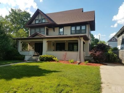 Marshalltown Single Family Home For Sale: 703 W Main