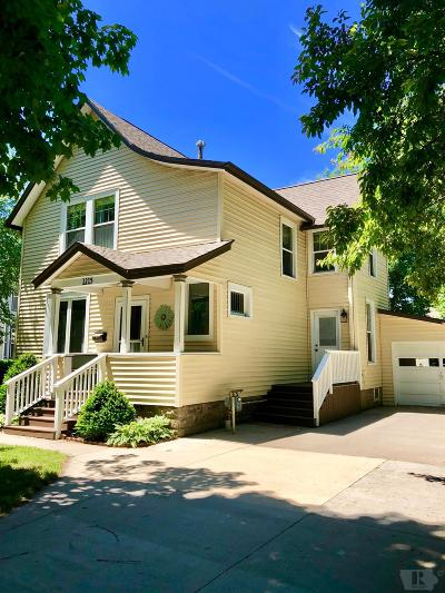 Grinnell Single Family Home For Sale: 1215 Broad Street