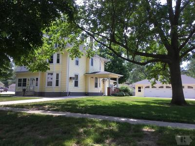 Toledo Single Family Home For Sale: 301 N Center Street