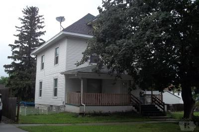 Marshalltown Single Family Home For Sale: 6 E Webster Street