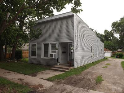 Marshall County Multi Family Home For Sale: 305 N 3 Street
