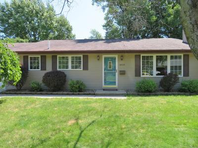 Marshalltown Single Family Home For Sale: 2010 Skyline Drive