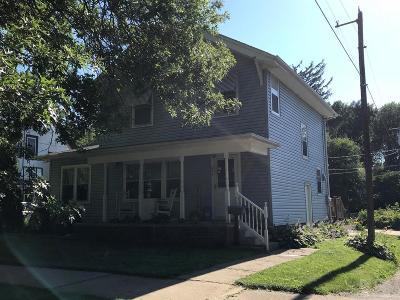 Marshalltown IA Single Family Home For Sale: $124,900