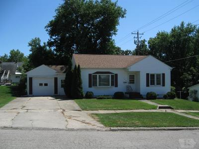 Toledo Single Family Home For Sale: 106 E Carleton Street
