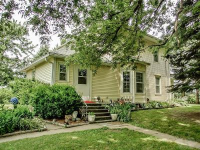 Marshalltown Single Family Home For Sale: 2302 170th Street