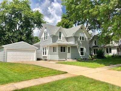 Conrad Single Family Home For Sale: 113 N Dwight Street