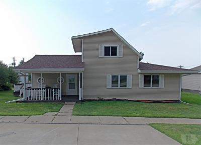 Garwin IA Single Family Home Sold: $94,900