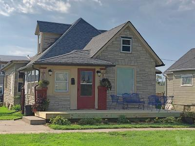 Marshalltown Single Family Home For Sale: 202 N 5th Street