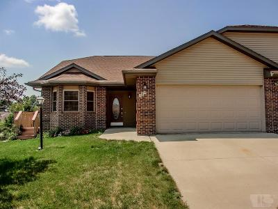 Marshalltown Single Family Home For Sale: 509 Edgebrook Court