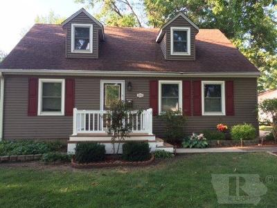 Marshalltown Single Family Home For Sale: 1508 Elder Drive