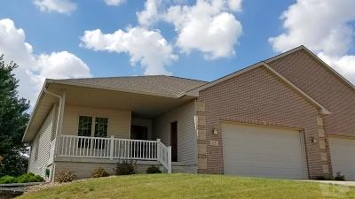 Marshalltown Single Family Home For Sale: 2007 Bailey Drive